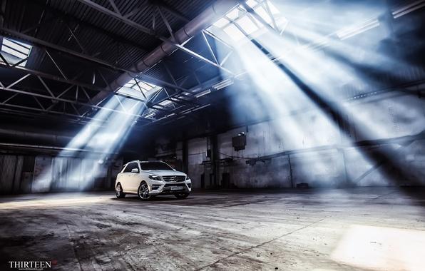 Картинка машина, авто, Mercedes-Benz, ангар, фотограф, auto, photography, AMG, photographer, ML350, Thirteen