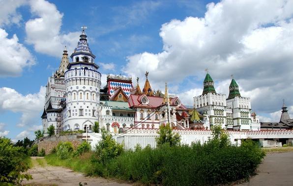 Картинка city, город, фон, замок, стена, widescreen, обои, Кремль, wallpaper, wall, широкоформатные, background, купола, castle, полноэкранные, …