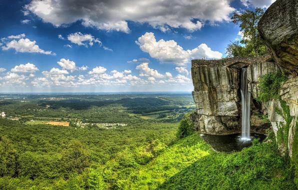 Картинка лес, небо, облака, деревья, горы, обрыв, скалы, водопад, долина