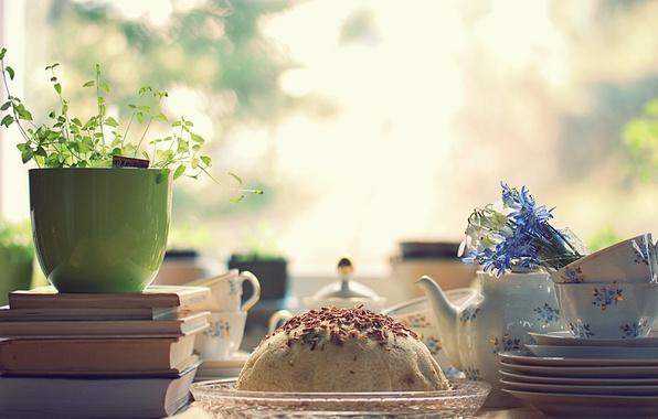 Картинка свет, цветы, стол, настроение, книги, завтрак, утро, чашки, торт, посуда, сервиз
