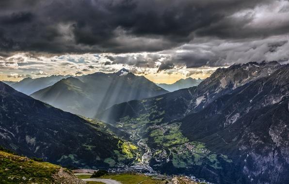 Картинка дорога, небо, солнце, облака, лучи, пейзаж, закат, горы, город, Альпы, Dark, Европа, Red, Nature, Blue, …