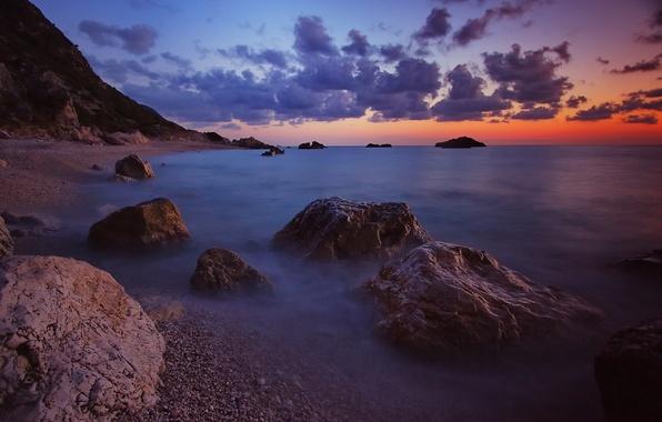 Картинка море, волны, небо, облака, закат, камни, берег, вечер, горизонт
