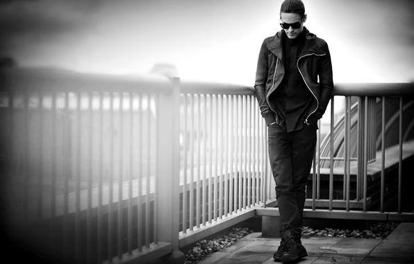 Картинка ограда, очки, актер, черно-белое, мужчина, музыкант, Джаред Лето, 30 Seconds to Mars, Jared Leto