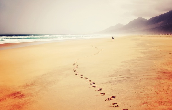 Картинка waves, beach, sea, ocean, hills, man, sand, trail, seaside, footprints