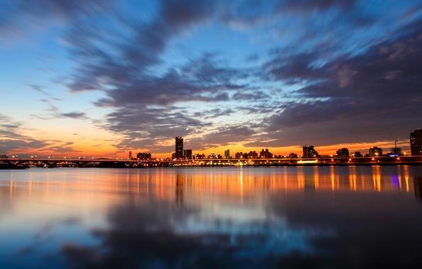 Картинка небо, облака, закат, мост, city, город, lights, огни, отражение, река, China, вечер, Китай, Тайвань, river, …