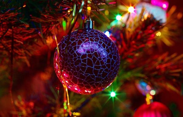Картинка свет, праздник, игрушка, новый год, шар, ёлка, new year, мишура