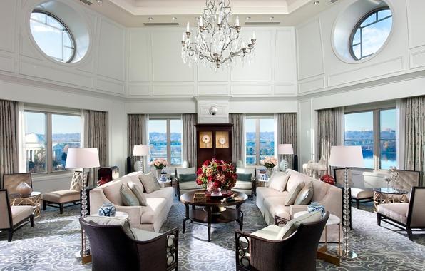Картинка цветы, дизайн, город, стиль, лампы, комната, вид, окна, интерьер, свечи, кресла, люстра, Вашингтон, белая, диваны, …
