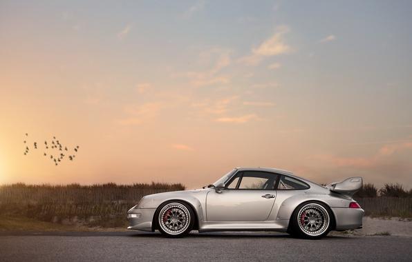 Картинка авто, закат, 911, Porsche, серебристый, спойлер, порше, GT2, 993
