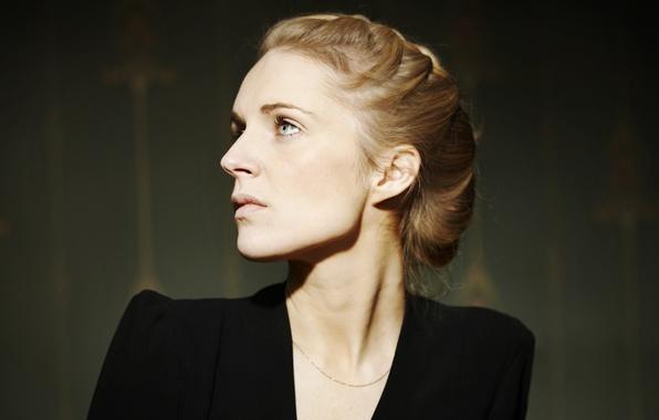 Картинка глаза, взгляд, девушка, блондинка, коса, певица, цепочка, Agnes Obel