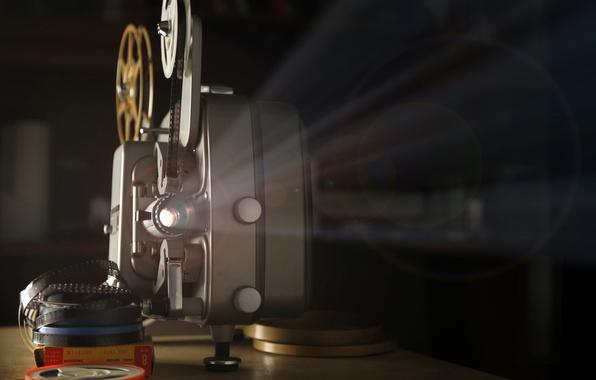 Картинка макро, свет, ретро, кино, размытость, показ, hi-tech, movie, боке, катушки, кинопленка, wallpaper., technology, кинопроектор, projector