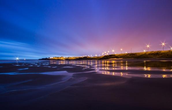 Картинка небо, ночь, огни, берег, побережье, Англия, освещение, отлив, фонари, Великобритания, синее, фиолетовое, Северное море