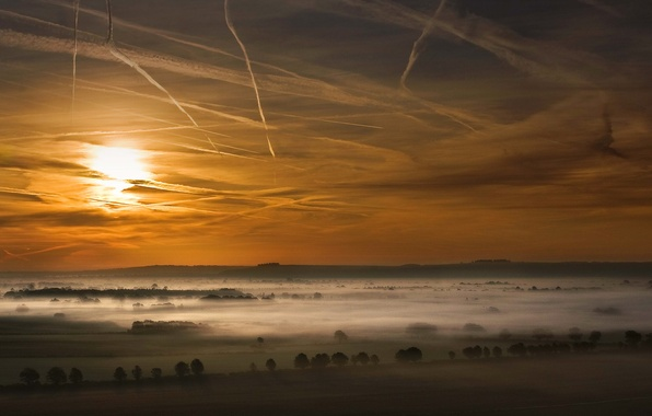 Картинка поле, небо, облака, деревья, закат, туман, долина