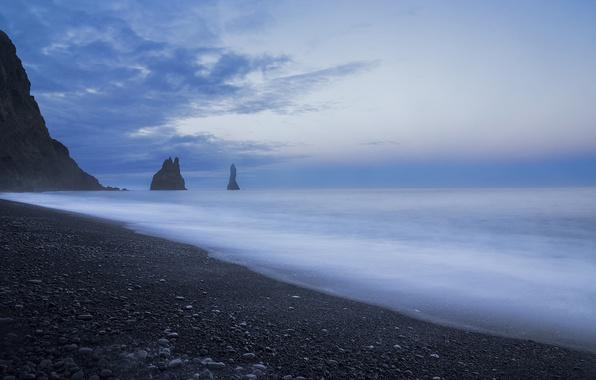 Картинка небо, облака, скалы, голубое, берег, побережье, Море, вечер, штиль