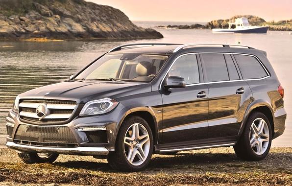 Картинка вода, фон, берег, Mercedes-Benz, Мерседес, джип, катер, передок, 550