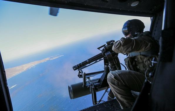 Картинка оружие, солдат, вертолет, пулемёт