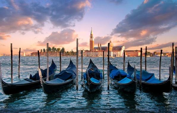 Картинка море, небо, вода, облака, город, остров, утро, Италия, Венеция, Italy, гондолы, Venice, Venezia, San Giorgio …