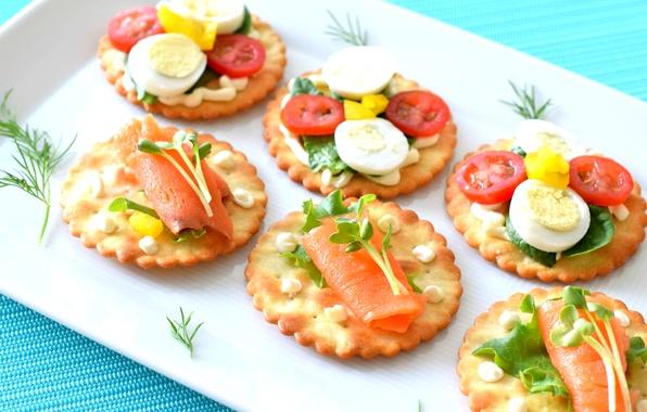 Картинка зелень, яйцо, крекеры, помидоры, соус, закуска, лосось, канапе