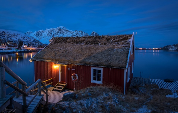 Картинка зима, снег, горы, ночь, огни, бухта, Норвегия, залив, домики, Norway, Лофотен, Reine, Lofoten, Gravdalsbukta, Nordland