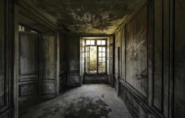 Картинка двери, окно, коридор