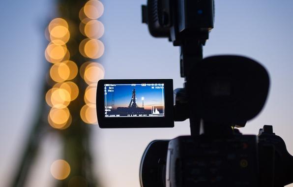Картинка огни, ракета, старт, Байконур, Союз, видеокамера, экспедиция 31