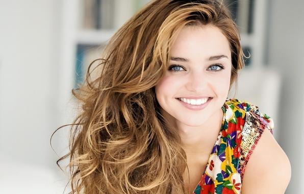 Картинка девушка, секси, улыбка, модель, брюнетка, красотка, знаменитость, Miranda Kerr, Миранда Керр