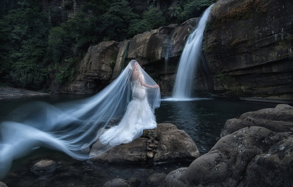 Картинка девушка, природа, стиль, настроение, водопад, азиатка, невеста, фата, свадебное платье