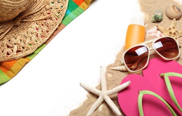 Картинка море, пляж, лето, отдых, шляпа, очки, ракушки, summer, beach, sun, glasses, сланцы, vacation, accessories