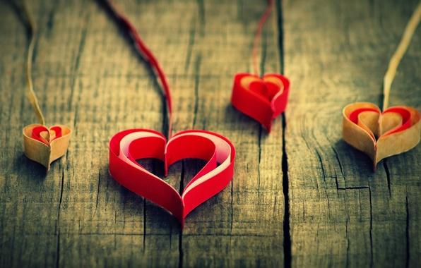 Картинка любовь, красный, бумага, фон, widescreen, обои, настроения, сердце, сердца, красиво, wallpaper, love, сердечко, heart, оригами, …