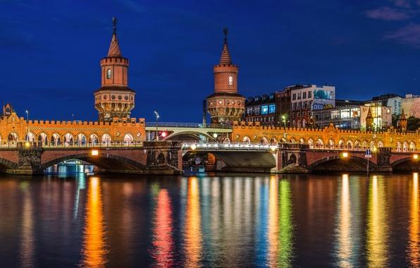 Картинка дорога, мост, город, огни, река, Германия, освещение, подсветка, столица, Deutschland, Берлин, Berlin, Oberbaumbrücke, Spree, Обербаумбрюкке