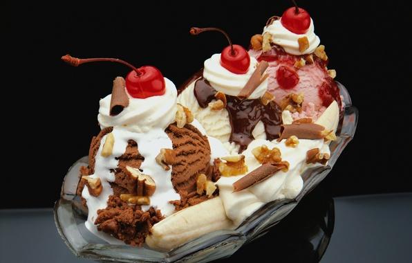 Картинка вишня, мороженое, орехи, банан, десерт, шоколадное, клубничное, ванильное