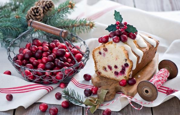 Картинка зима, ветки, ягоды, еда, ель, красные, ёлка, корзинка, Christmas, шишки, сдоба, десерт, выпечка, праздники, New …