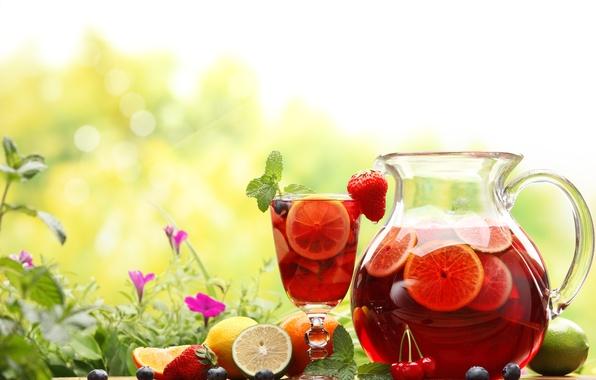 Картинка лето, цветы, природа, вишня, стакан, ягоды, апельсин, черника, клубника, лайм, напиток, кувшин, фрукты, лимоны, графин, …