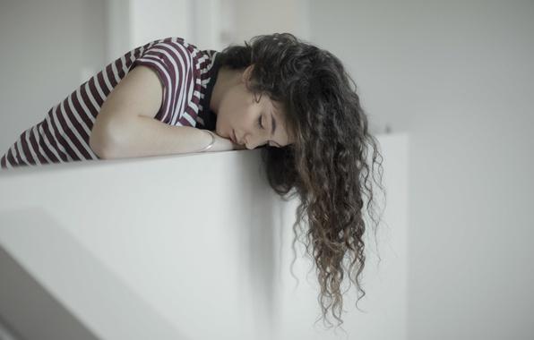 Картинка девушка, певица, локоны, Lorde