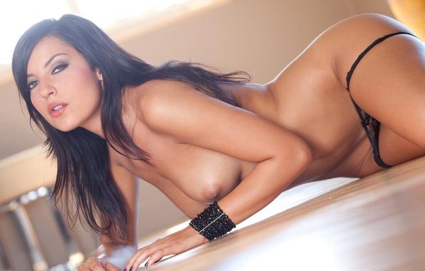 Голые красавицы брюнетки — photo 11