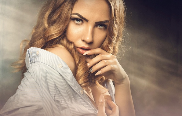 Картинка взгляд, портрет, макияж, Alina, маникюр