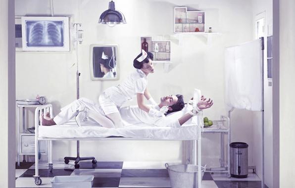 Картинка зеркало, ведро, койка, медсестра, шприц, снимок, палата, полочки, пациент, лекарства