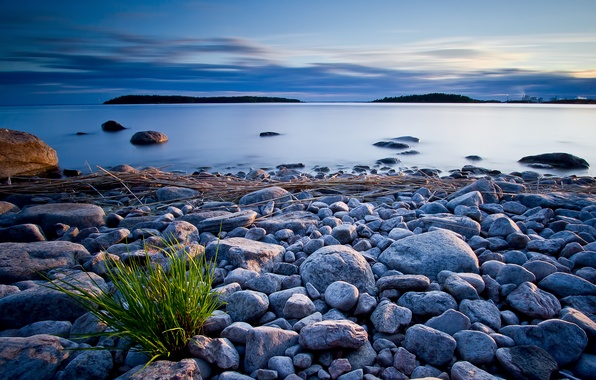 Картинка небо, тучи, озеро, камни, берег, вечер
