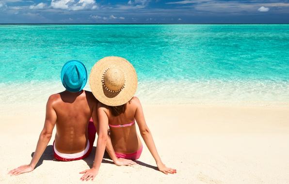 Картинки по запросу лето на пляже в шляпе
