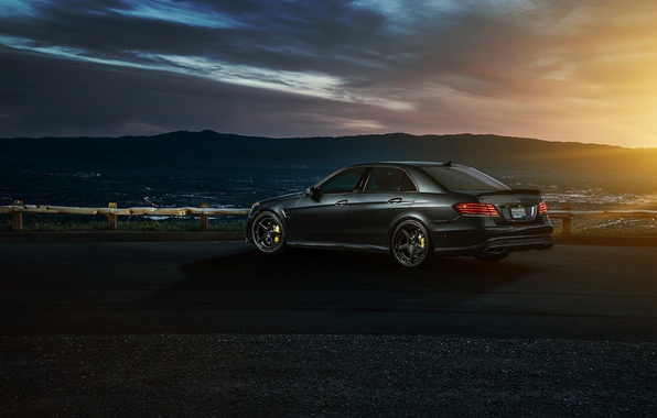 Картинка Mercedes-Benz, Nature, Sky, California, Motorsport, Summer, Sonic, E63, Rear, Ligth, Nigth, AMG S