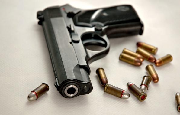 Фото обои пистолет, пуля, патроны, 9мм