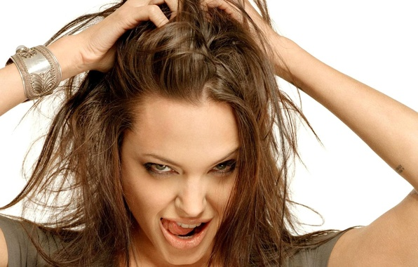 Картинка взгляд, волосы, язычок, Angelina jolie