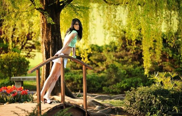 Картинка девушка, шортики, ножки, мостик, photographer, Giovanni Zacche