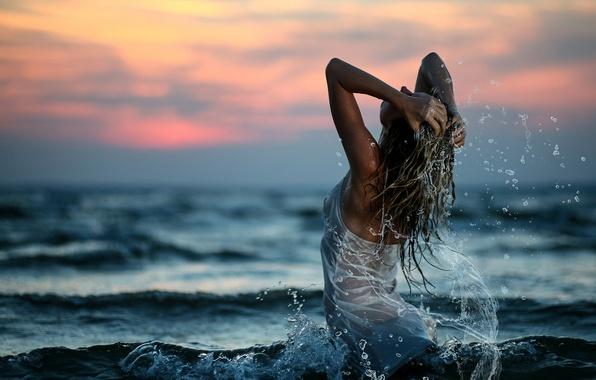 девушек фото на море