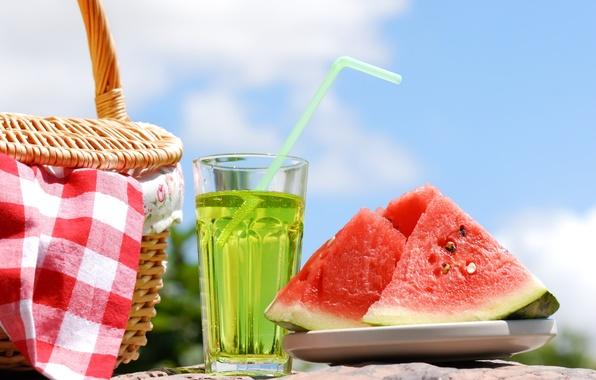 Картинка лето, вода, корзина, арбуз, трубочка, напиток, пикник