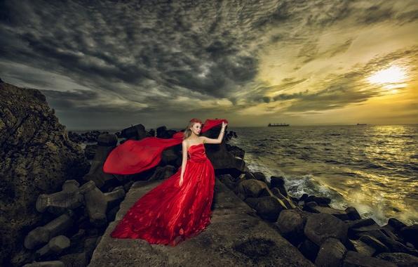 Картинка море, девушка, украшения, закат, стиль, камни, платье, азиатка, красное платье, венок