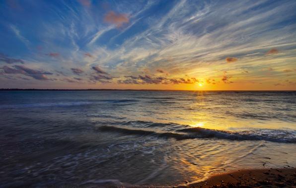Картинка песок, море, солнце, облака, закат, вечер, прибой