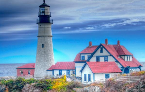 Картинка крыша, море, осень, небо, дом, скалы, маяк, hdr