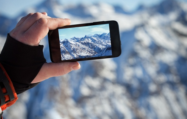 Картинка пейзаж, горы, фото, рука, айфон