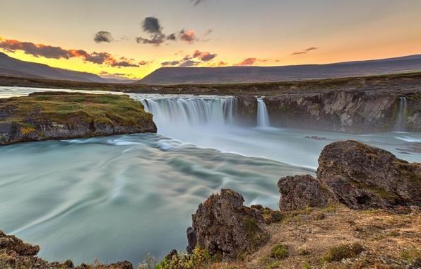 Картинка небо, облака, закат, река, скалы, водопад, Исландия