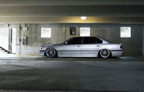 E38 740iL Tuning BMW Stance
